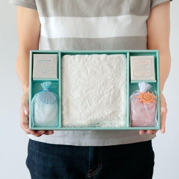 ギフトセット マーメイドコレクション(バスソルト、石鹸、タオル)サボンドマルセイユ ギフトBOX付き