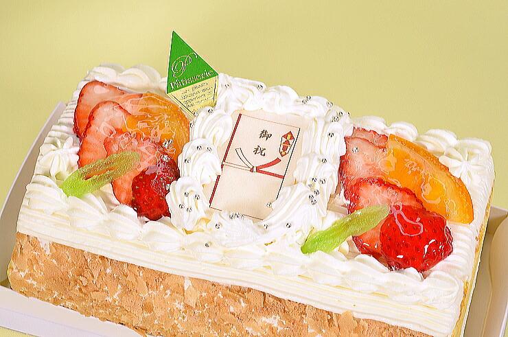 No,2(お祝儀袋苺イチゴと生クリームのロールケーキ