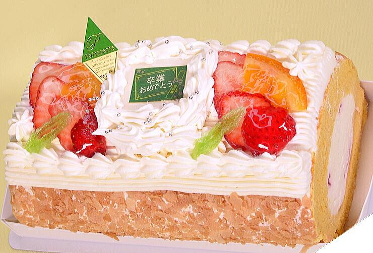 No,6(卒業おめでとう苺と生クリームのロールケーキ