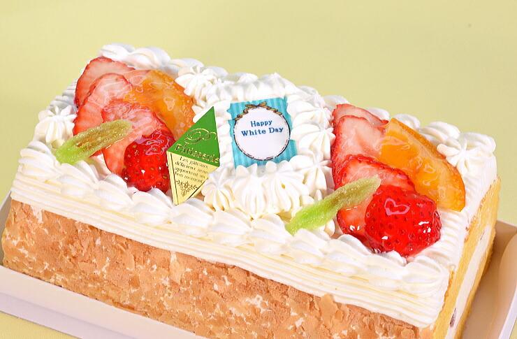 No,7(ホワイトデー苺と生クリームのロールケーキ