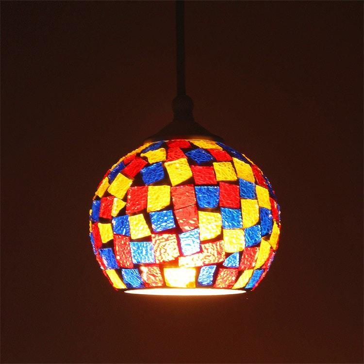 照明 LED 対応 ペンダントライト 1灯 ビードロ ライト ステンドグラス 照明器具 おしゃれ モザイク レトロ 和室 玄関 トイレ 北欧 ガラス モロッコ リビング ペンダントランプ ダイニング用 食卓用 寝室 インテリア 電気 ガラス かわいい テ