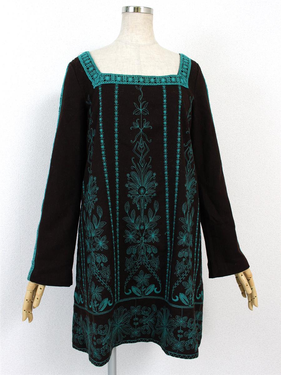 グレースコンチネンタル ワンピース 長袖刺繍