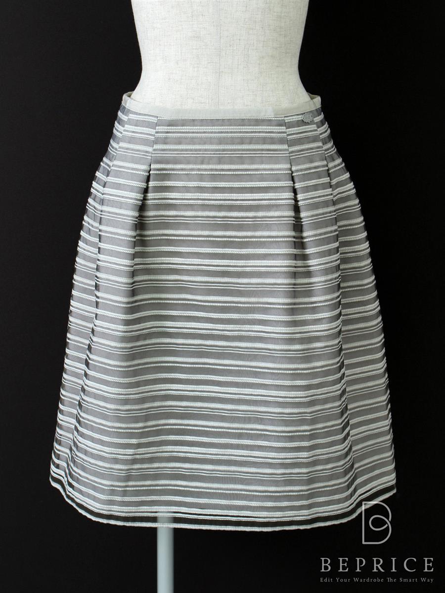 フォクシーブティック スカート プラチナボーダー