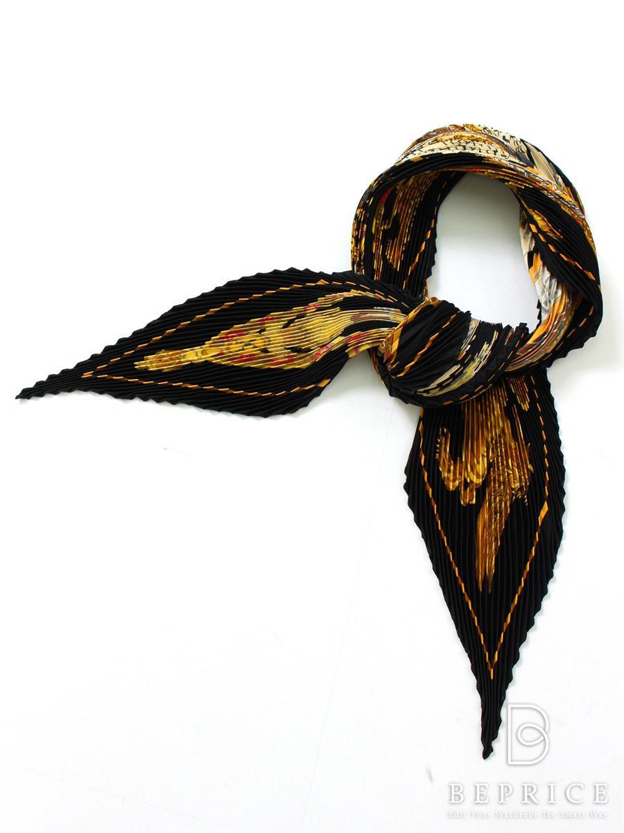 エルメス カレ プリーツスカーフ