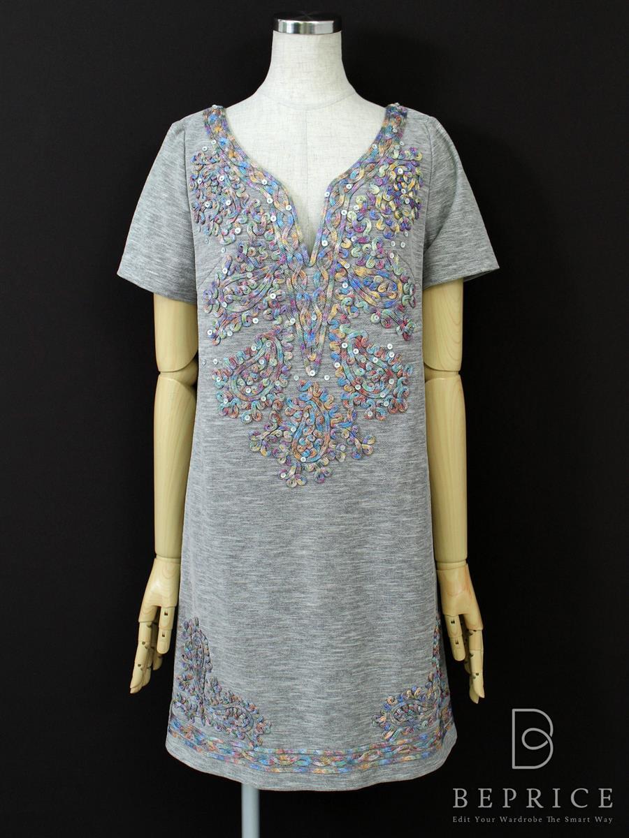 グレースコンチネンタル ワンピース 半袖 刺繍
