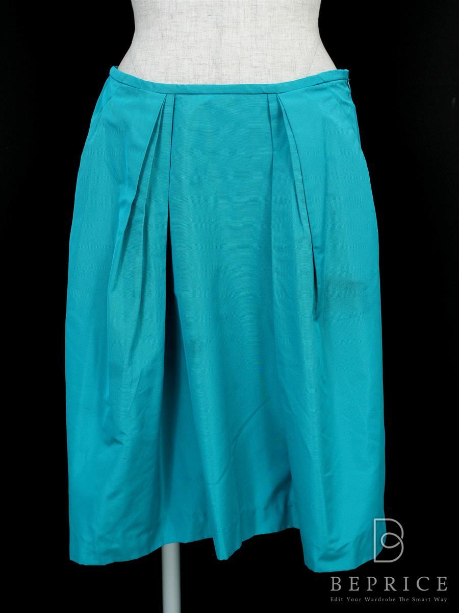 ミュウミュウ スカート スカート