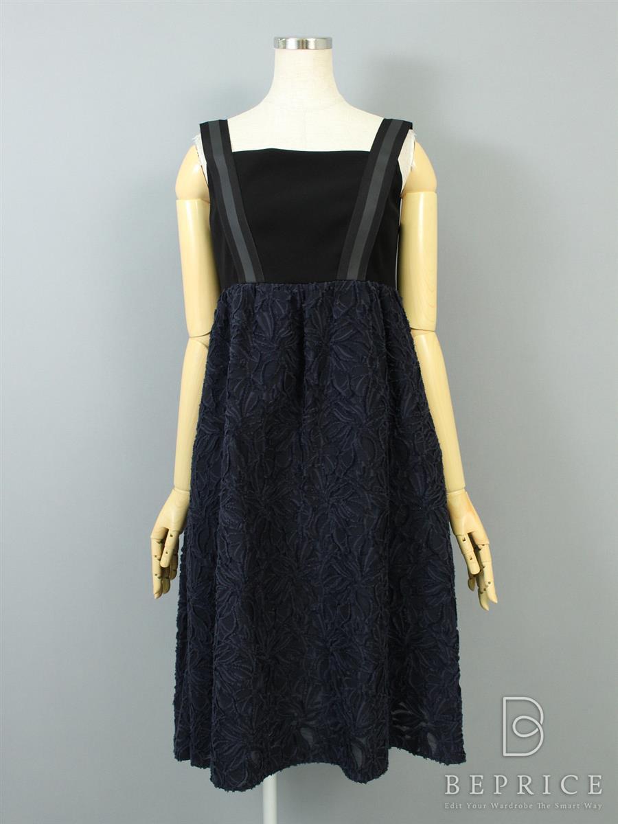 フォクシーニューヨーク Collection ワンピース ワンピース Daisy Eyelet Grosgrain Dress Collection 35756