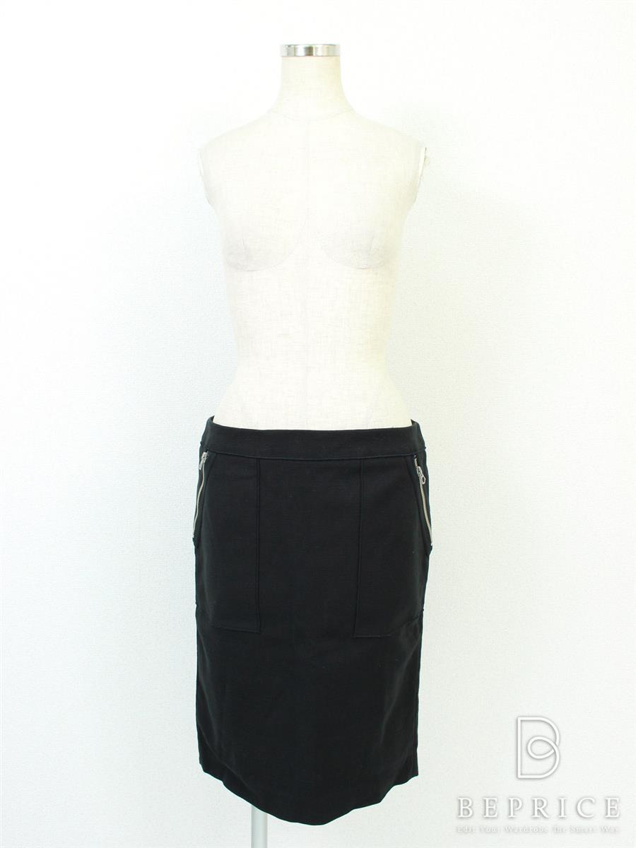 ドゥロワー スカート