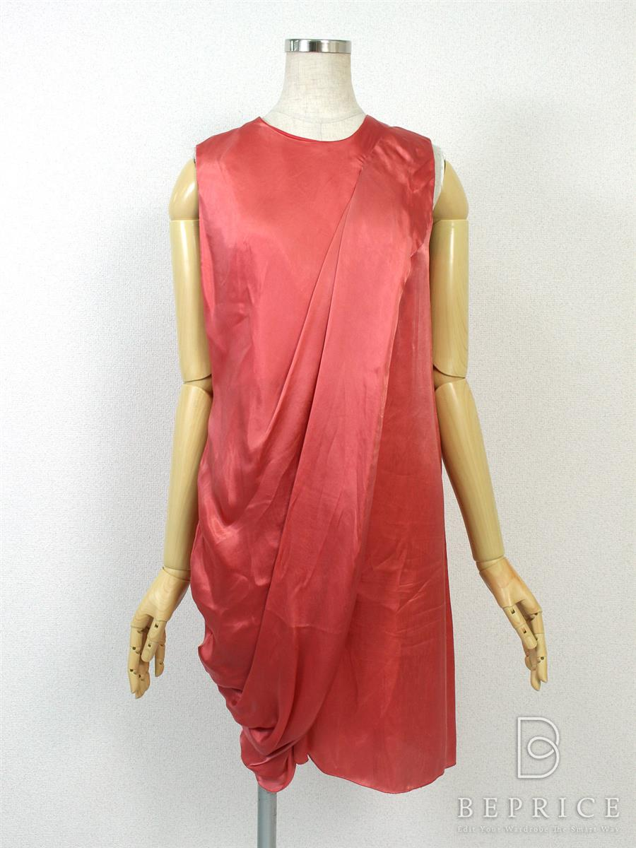 プラダ ワンピース ドレス