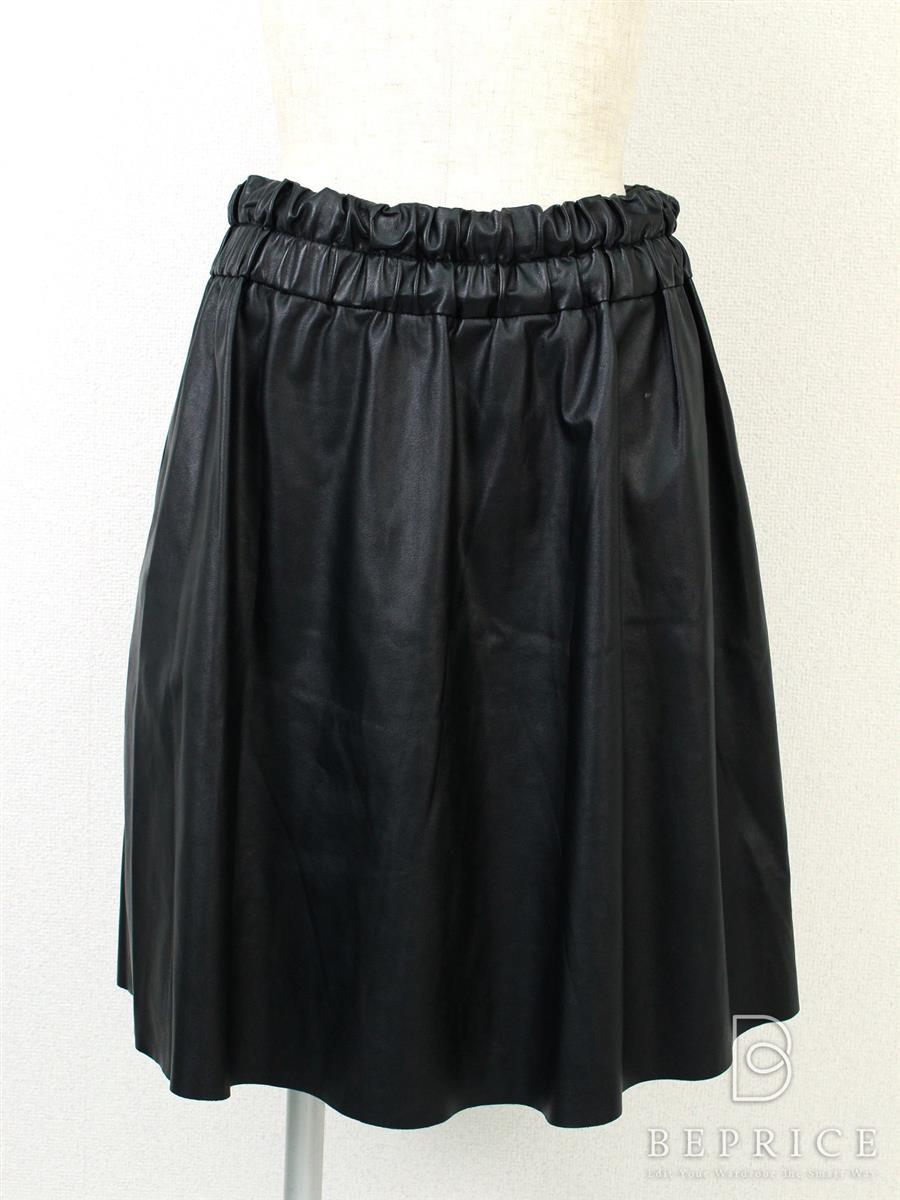 デレクラム スカート フェイクレザー