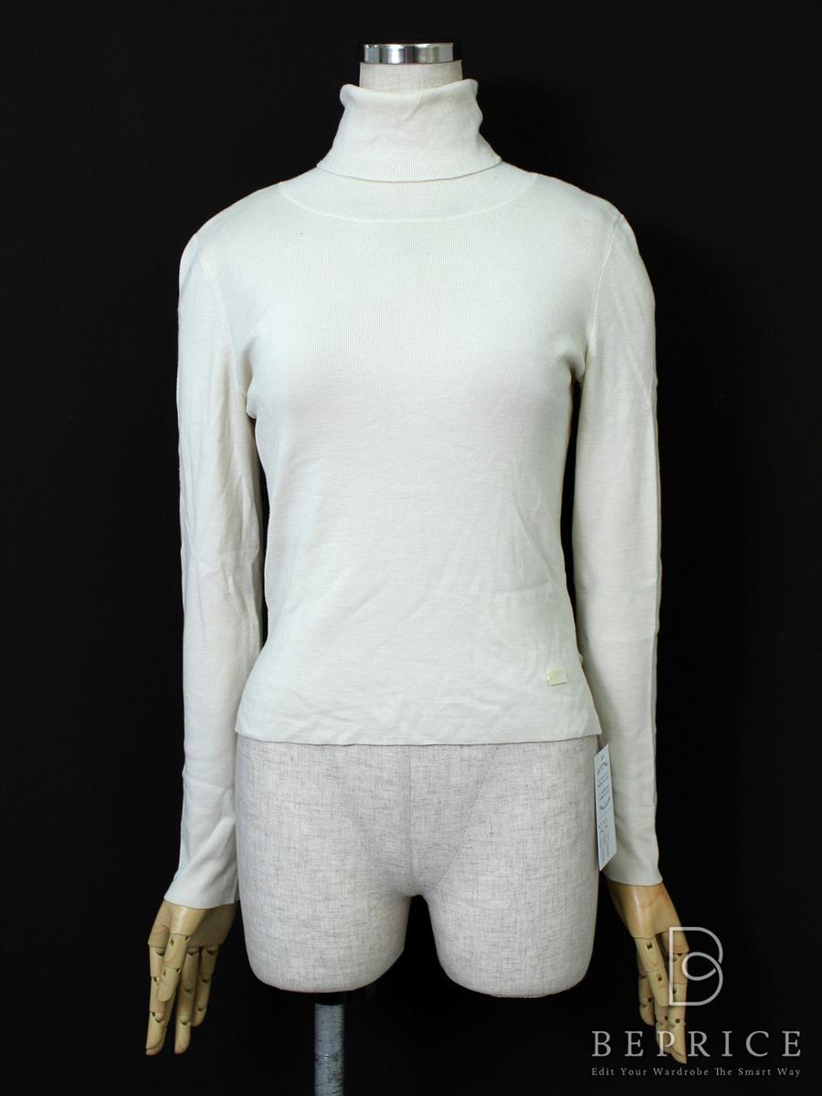 フォクシーブティック ニット セーター ニット グレースウールタートルセーター 薄シミ・若干の毛羽立ち感あり 33631