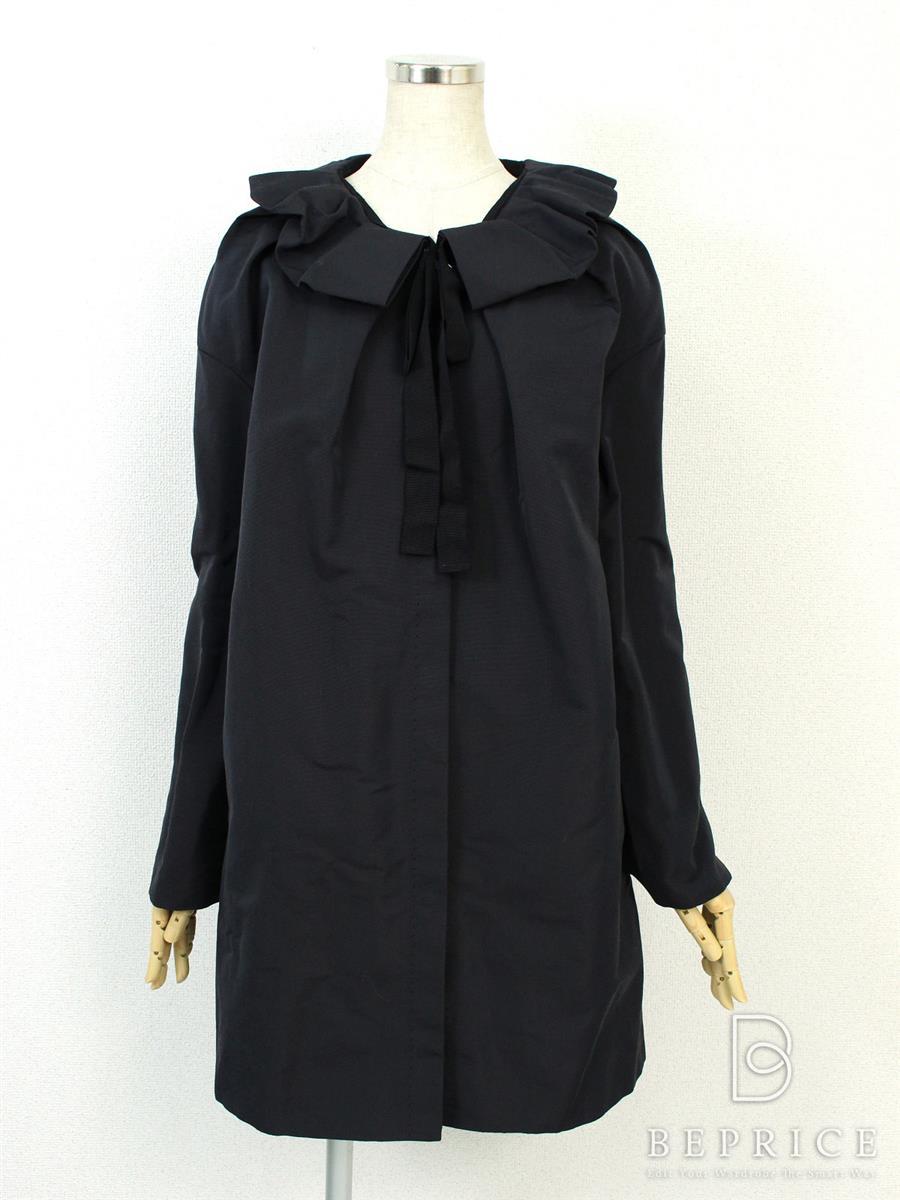 ランバン コート 衿フリル Collection