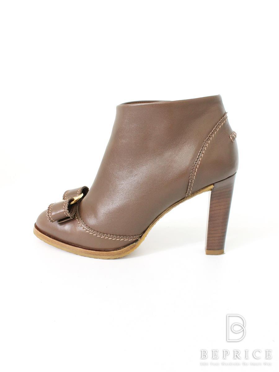 サルヴァトーレフェラガモ ブーツ ブーツ ブーティ レザー ソール薄変色あり