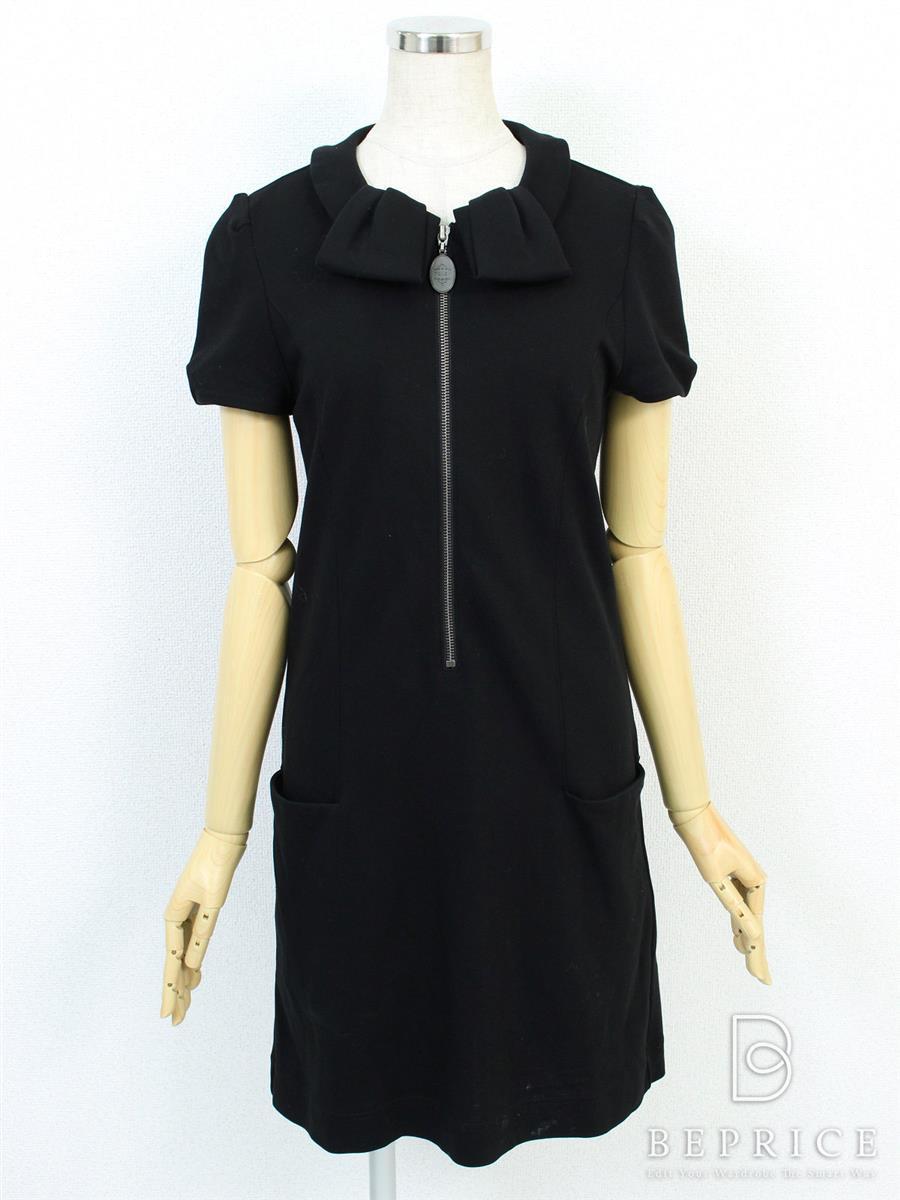 フォクシーニューヨーク ワンピース ワンピース ポロクラバット スカート裾白い汚れあり 29943