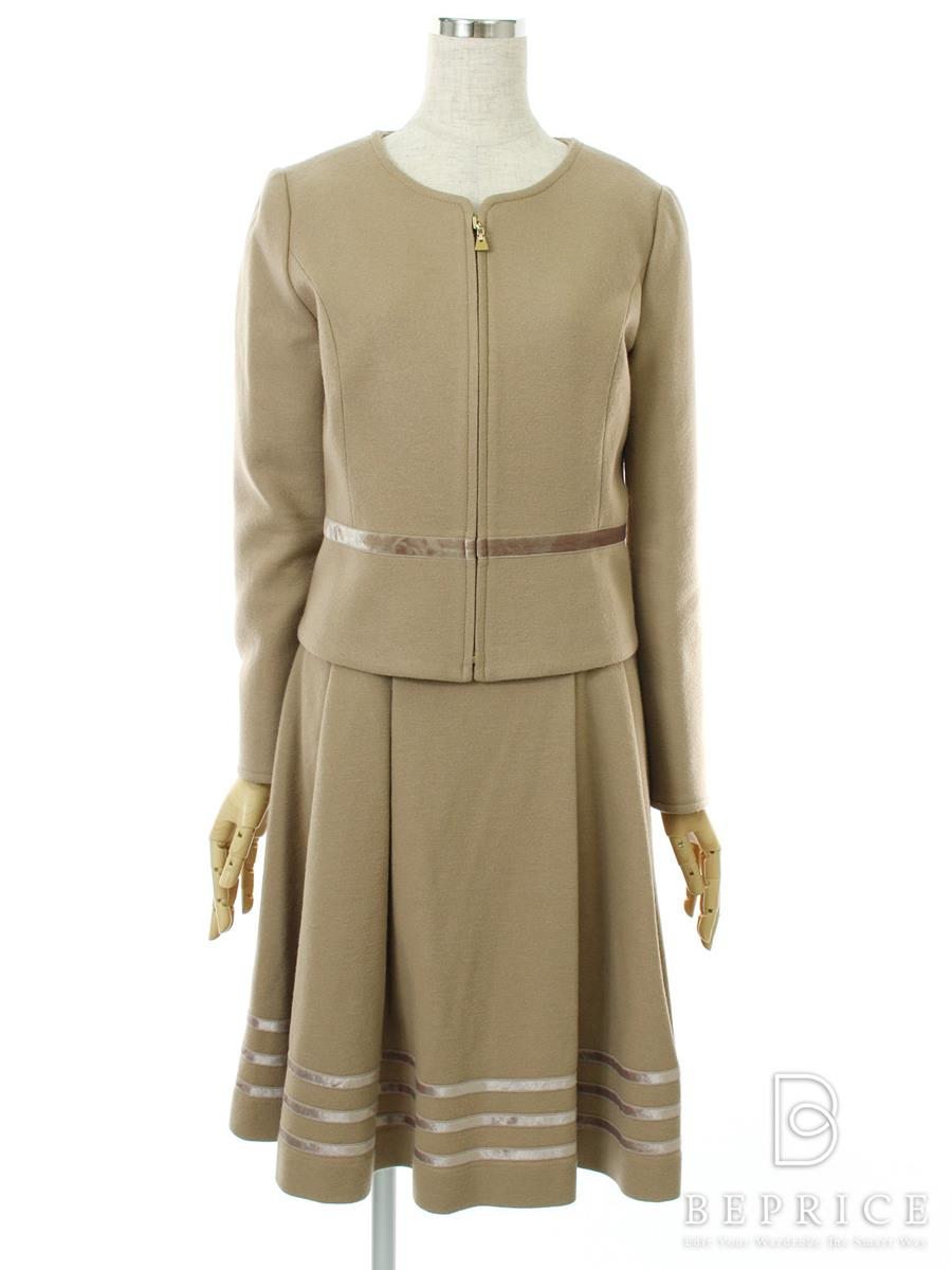 エムプルミエ スーツ スカート ジャケット ノーカラー