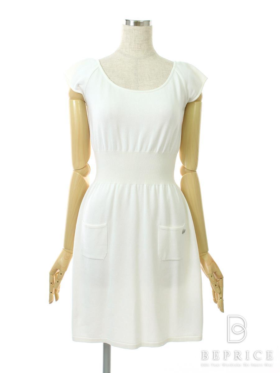 フォクシーブティック ワンピース ワンピース さらさらドレス 薄変色あり 26452