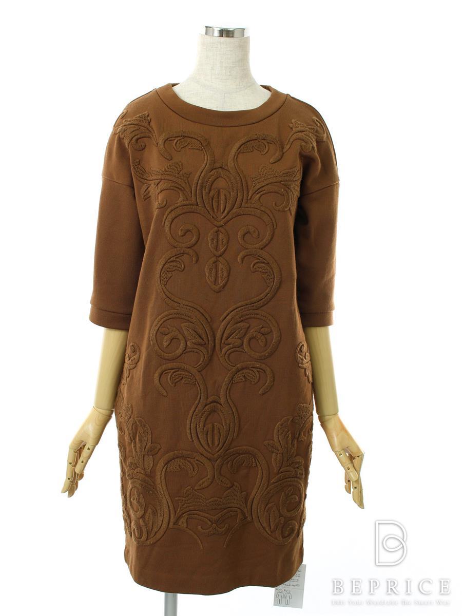 グレースコンチネンタル ワンピース ワンピース 長袖 刺繍 若干の糸ツレあり