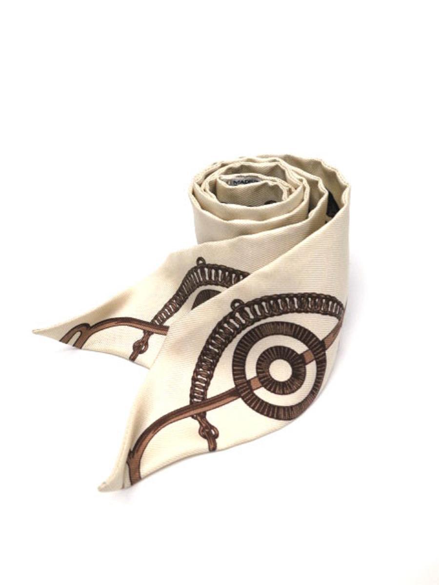 エルメス スカーフ ツイリー カレ