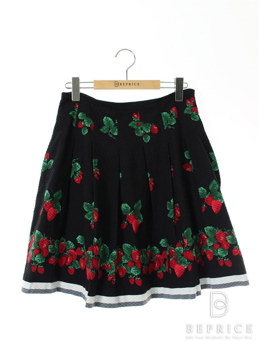 エムズグレイシー スカート フレアー イチゴ柄