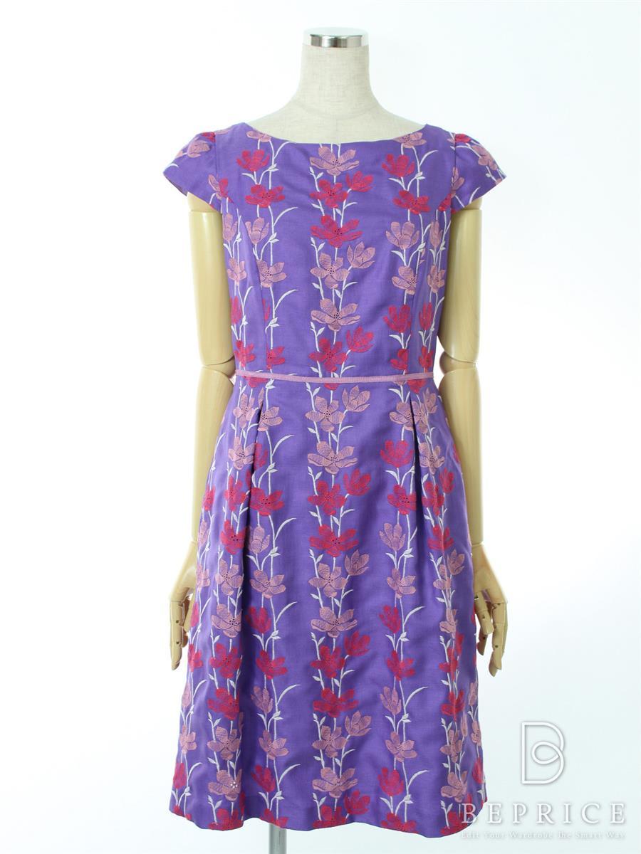 トッカ ワンピース 半袖 刺繍 花柄