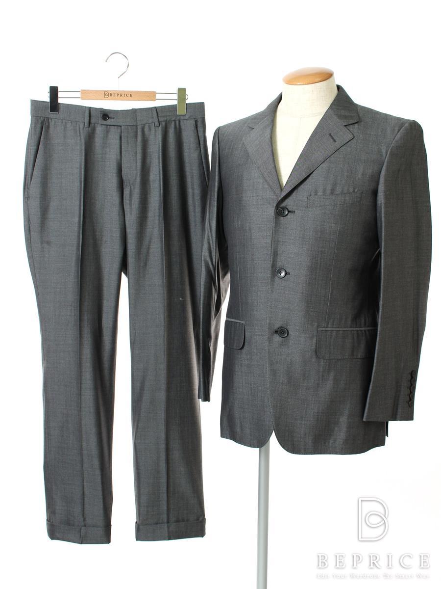 on sale 7a53c a2f07 グッチ スーツ パンツ ジャケット 3B 買取 滋賀県【ビープライス】