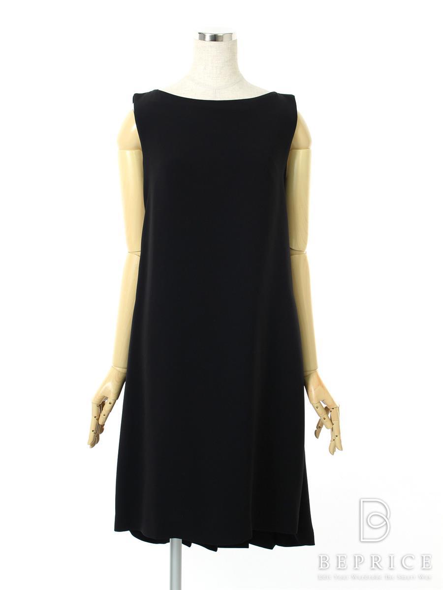 フォクシー ワンピース ワンピース Summer Black Mini Dress 37196
