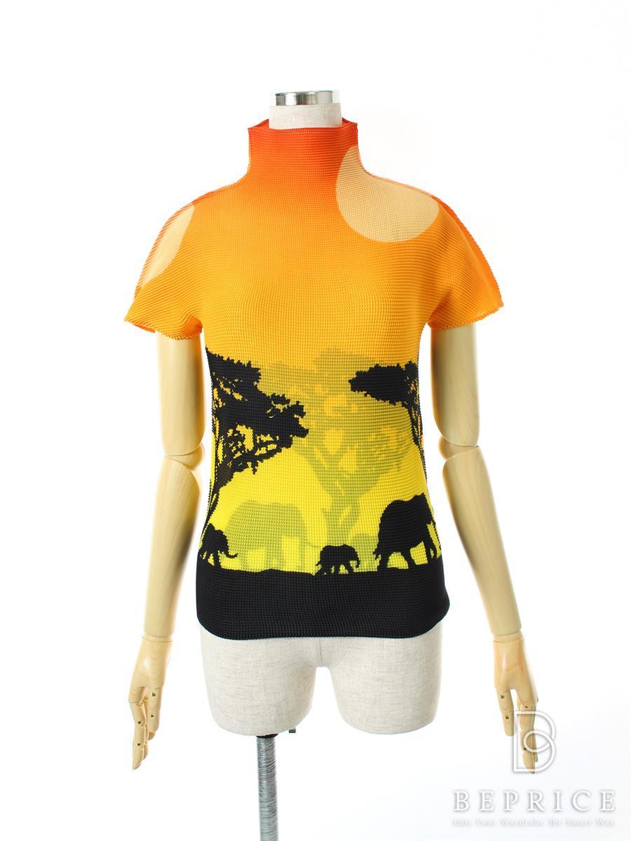 ミーイッセイミヤケ Tシャツ カットソー me ISSEY MIYAKE ミーイッセイミヤケ トップス 半袖 ストレッチ プリーツ サファリ