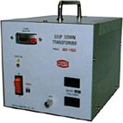 日章工業NISSYOINDUSTRY変圧器(ダウントランス)(600W)SDX-600[SDX600]
