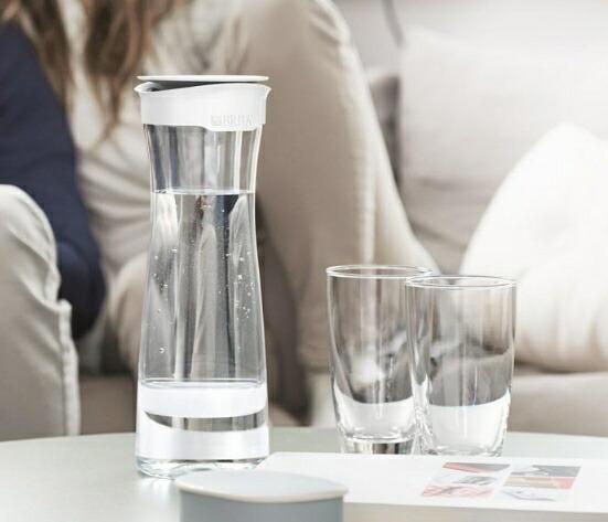 ブリタBRITA浄水ポットfill&serve(フィルアンドサーブ)ホワイトベリーBJSWB[BJSWB]