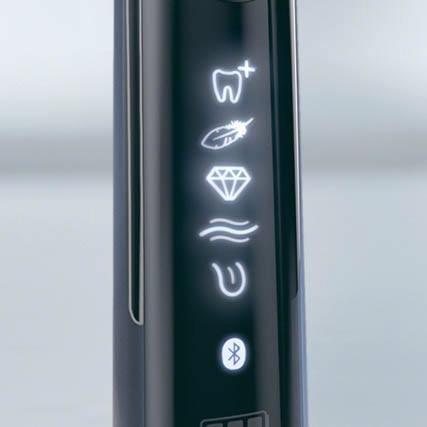 ブラウンBRAUN電動歯ブラシOral-B(オーラルB)ジーニアス10000ブラックD7015366XCMBK[回転式/AC100V-240V][D7015366XCMBK]【ribi_rb】