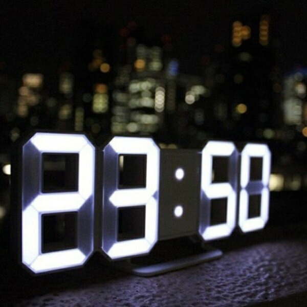 日本ポステックJPTLED時計3DデザインTriClockホワイトTRC-WH