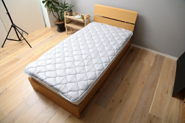 メルクロスMERCROS【ベッドパッド】洗える吸水速乾・抗菌防臭ベッドパッド(ダブルサイズ/140×200cm/グレー)