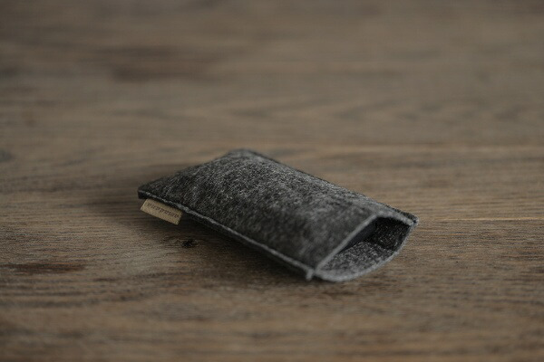 TAGlabelbyamadanaタグレーベルバイアマダナポケットシェーバー3枚刃[単3アルカリ乾電池2本使用(別売)]マットブラックAT-3SP11[3枚刃]
