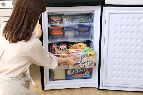 アイリスオーヤマIRISOHYAMA冷凍庫ブラックIUSD-9B-B[1ドア/右開きタイプ/85L]