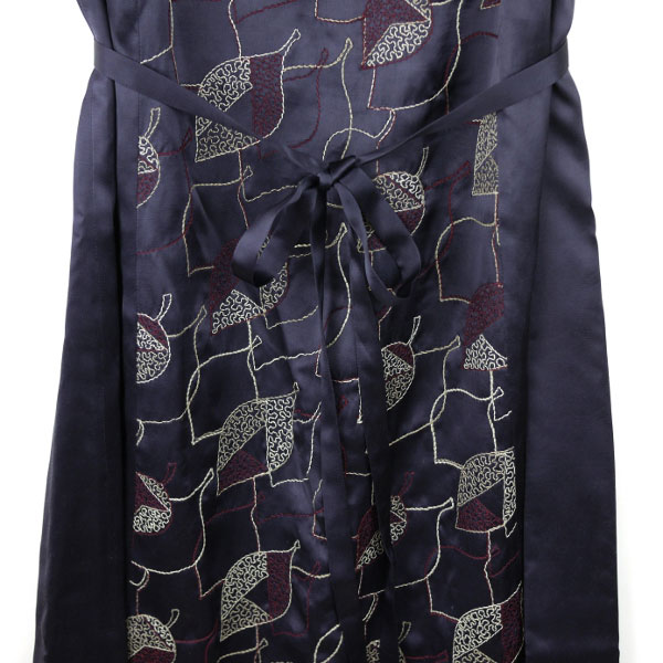 Dress apt.(ドレスアプト) サテン 刺繍 半袖 ワンピース・13773の詳細画像