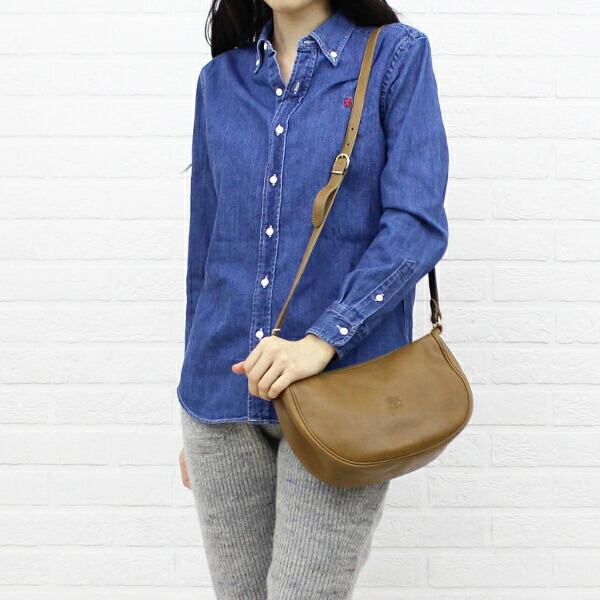 Color image of IL BISONTE( イルビゾンテ) leather half moon type shoulder bag (S) .5412300411