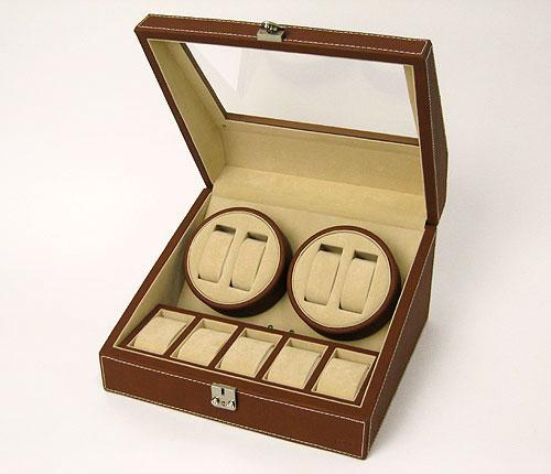 上段は4連自動巻き装置(回転体)、下段は腕時計が5つ入るコレクションスペースとなっています。