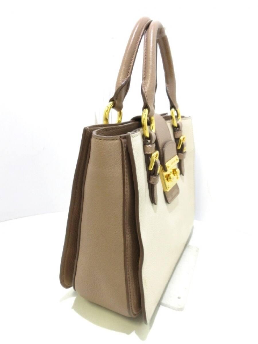 miumiu(ミュウミュウ) ハンドバッグ