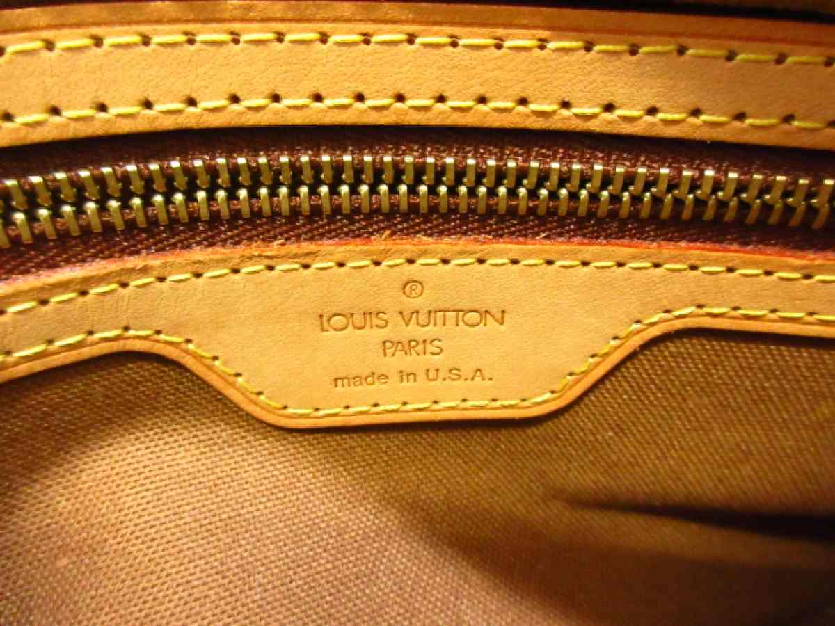 LOUIS VUITTON(ルイヴィトン) ショルダーバッグ