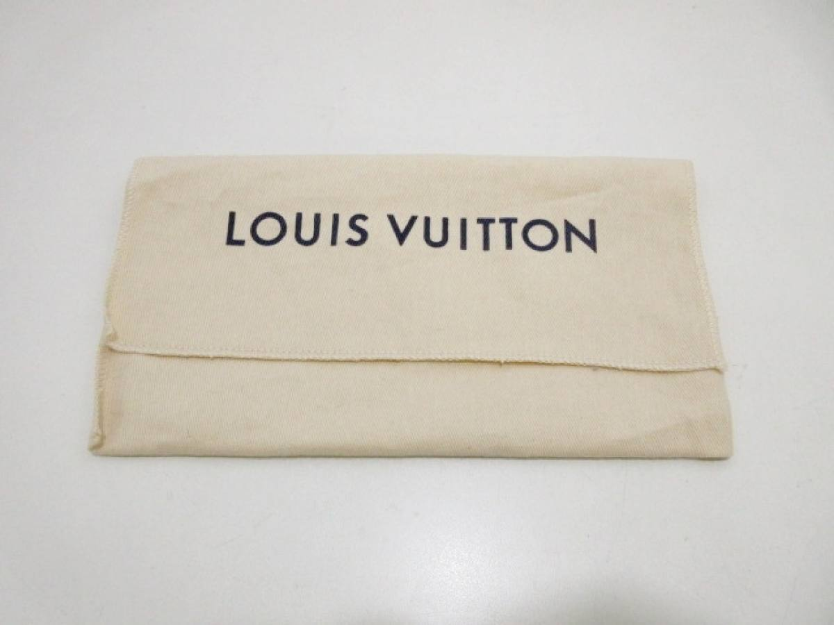 LOUIS VUITTON(ルイヴィトン) リストレット