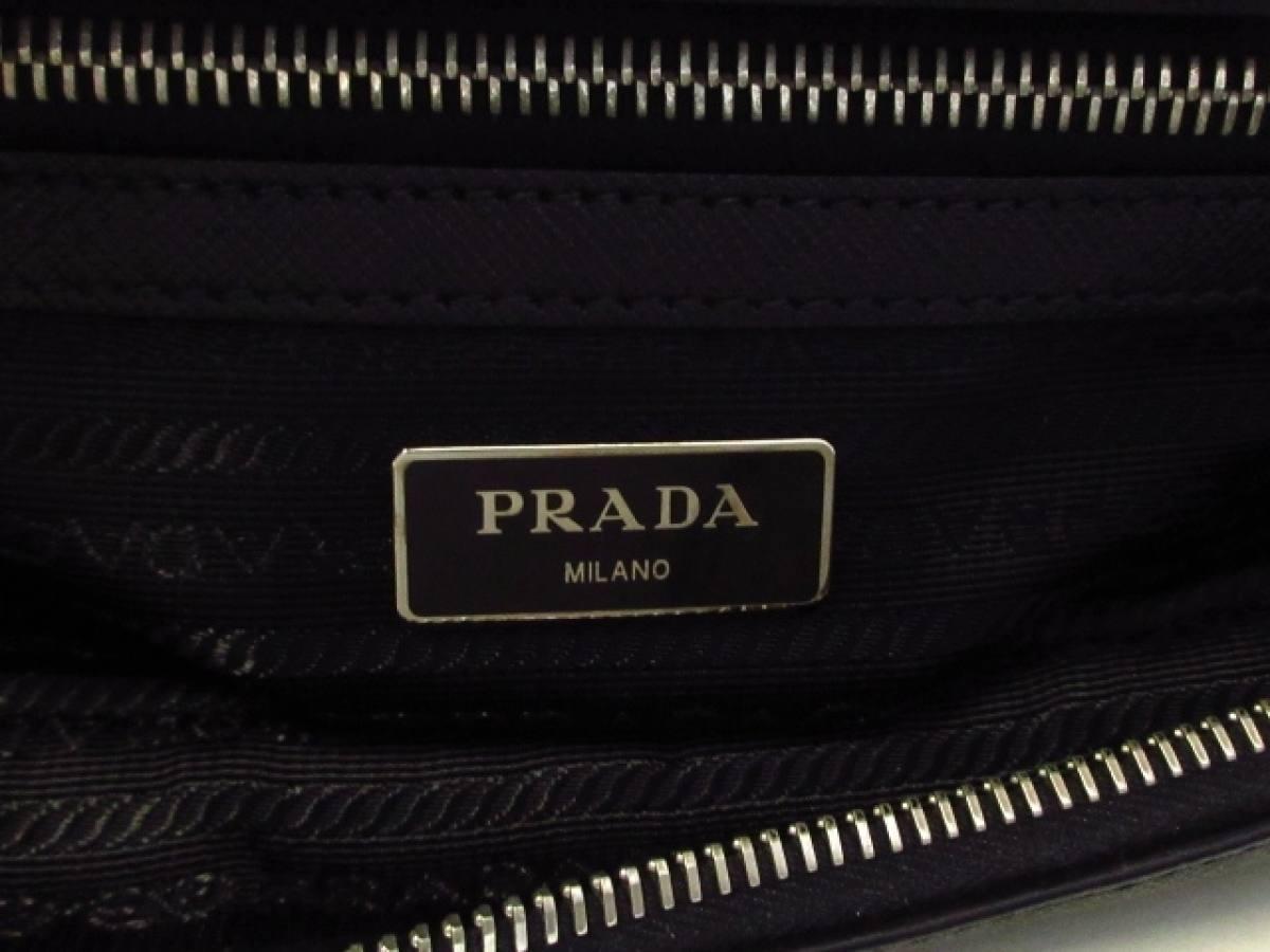 PRADA(プラダ) ショルダーバッグ