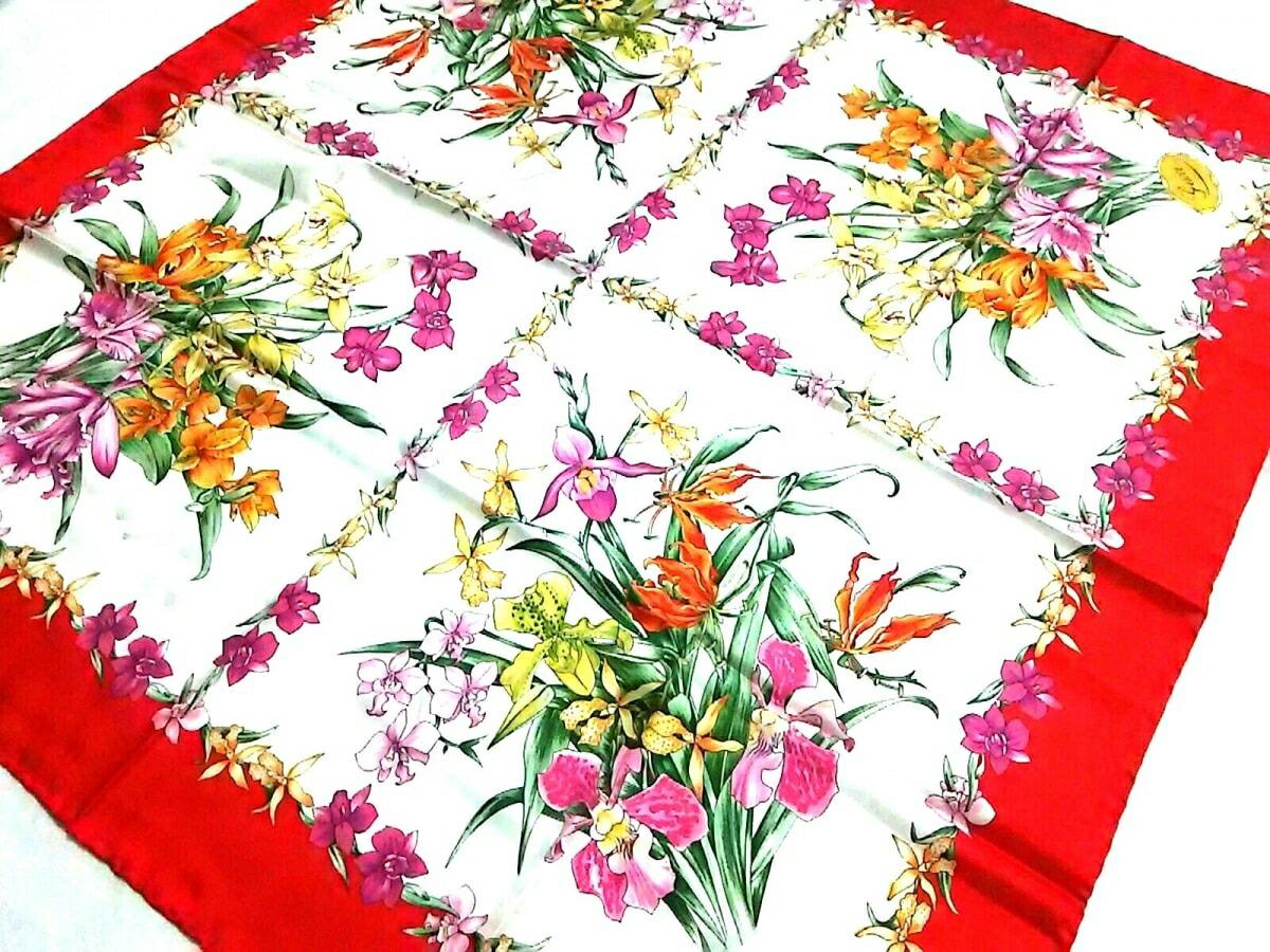 【新着】GUCCI(グッチ) スカーフ新品同様■ 白×レッド×マルチ 花柄【20190618】【中古】