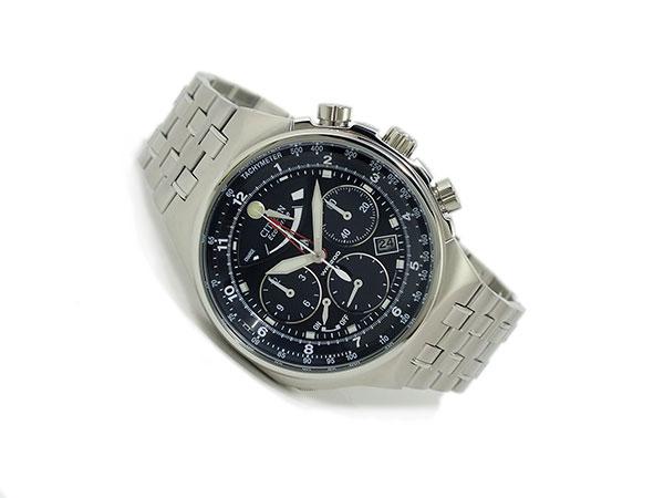 シチズン CITIZEN エコドライブ クロノグラフ 腕時計 AV0037-52E 着用イメージ