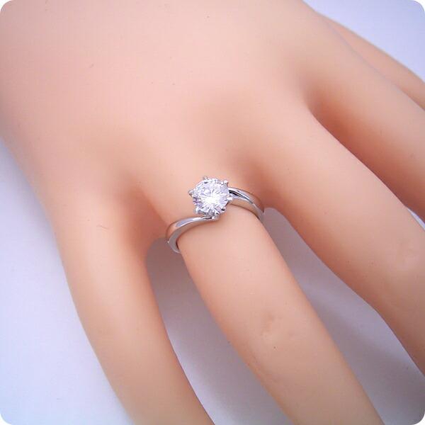 1カラット版:流れるデザインの6本爪タイプの婚約指輪