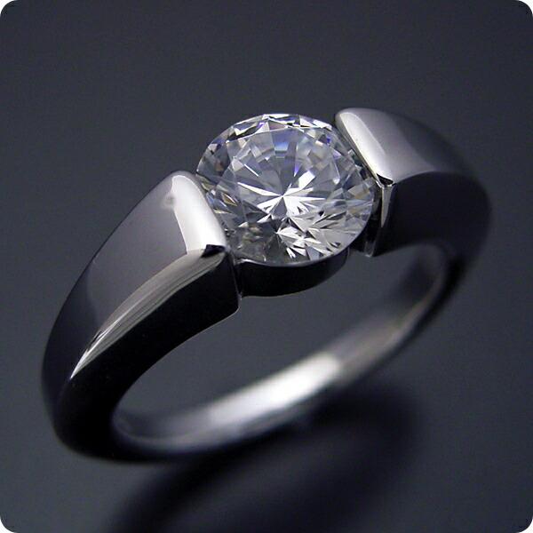 1カラット版:スッキリとスタイリッシュな婚約指輪