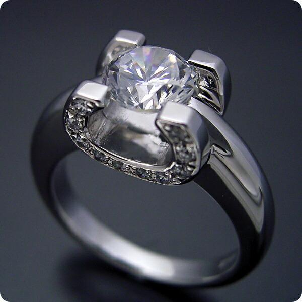 ブランドジュエリーに似たような婚約指輪