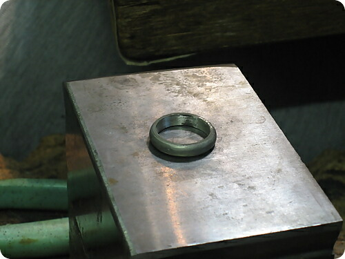 指輪の製作風景