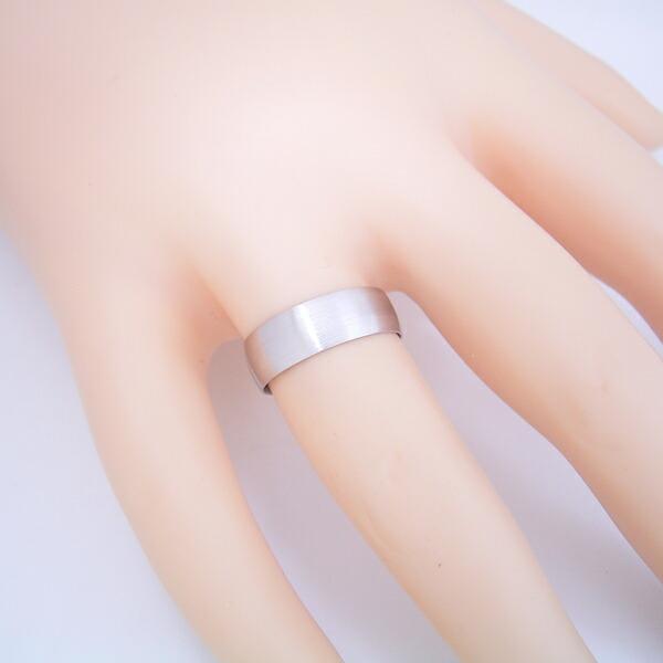 空気のような着け心地の結婚指輪「極