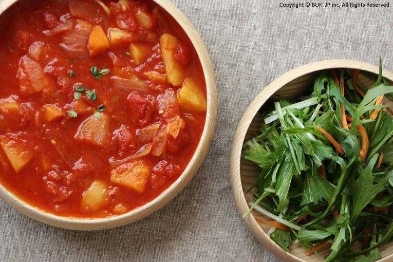 1. スープやサラダに「山中漆器」のキッズボウル