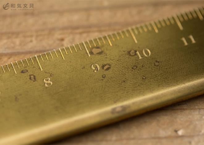 使い込むことで生まれる真鍮ならではの魅力